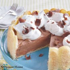 Gooseberry Patch Recipes: Ladyfingers Icebox Cake. Cool & creamy, this icebox cake is perfect for summer.