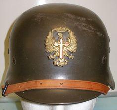 Spanish Model 1942 Steel Helmet | Militaria | WARSTUFF