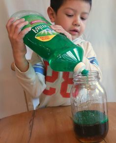 Experiments for kids: 35 insanely cool DIY ideas for home! - House decoration more - Experiments for kids: 35 insanely cool DIY ideas for home! Fun Crafts For Kids, Diy For Kids, Diy And Crafts, Room Crafts, Recycled Crafts, Cool Diy, Easy Diy, Kindergarten Architecture, Kindergarten Art