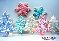 Winter Cookie Assortment 2 dozen cookies by SweetArtSweets via . Christmas Sugar Cookies, Christmas Sweets, Christmas Cooking, Noel Christmas, Christmas Goodies, Holiday Cookies, Snowflake Cookies, Christmas Cakes, Christmas Design