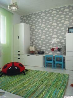 ikea,stuva,lastenhuone,pilvitapetti,färg&form