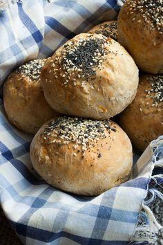 Carrot Bread Rolls :: my blue&white kitchen