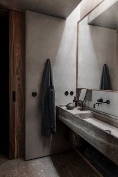 Bathroom In Greek . Bathroom In Greek . Casa Cook Chania On Greek island Crete Interior Stylist, Interior Design Studio, Bad Inspiration, Bathroom Inspiration, Casa Cook Hotel, Smooth Concrete, Stone Facade, Creta, Tadelakt