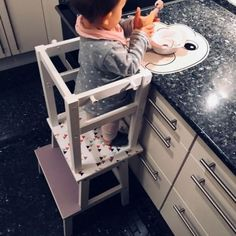 16 ingenious Ikea hacks that make every nursery more beautiful and comfortable - Kinderzimmer - Furniture Logo, Ikea Furniture, Baby Furniture, Furniture Sale, Furniture Removal, Furniture Assembly, Luxury Furniture, Ikea Kids, Parents Room