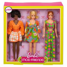 Gift Set 3 Dolls In Retro Fashion Looks Christie And Stacey Barbie Mod Friends 887961632286 Fashion Sewing, Fashion Dolls, Retro Fashion, Beautiful Barbie Dolls, Vintage Barbie Dolls, Barbie Website, 50th Anniversary Gifts, Barbie Collector, Barbie Friends