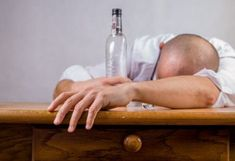 Technically, hangover is a collection of signs which occurs after heavy drinking. And the severity of hangover depends on how much one person is drunk or consumed alcohol. Proper care should be taken while drinking to avoid a hangover. Fitness Workouts, Effects Of Alcohol, Alcohol Rehab, Addiction Alcohol, Quit Drinking, Drinking Game, Milk Shakes, Drugs, Aspirin