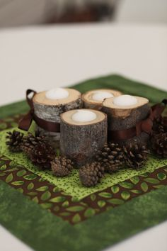 wooden log candle holders, beautiful for an outdoor wedding Winter Christmas, Christmas Time, Christmas Crafts, Christmas Decorations, Table Decorations, Fall Winter, Log Candle Holders, Deco Table, Centre Pieces