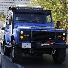 Land Rover Defender #landroverdefender #landrover #defender #4x4 #instagram #lovecars #carsandbike #coches #carsandbike #cochesymotos#instagramers #instacool #instacar #instalove by zurfer_kk Land Rover Defender #landroverdefender #landrover #defender #4x4 #instagram #lovecars #carsandbike #coches #carsandbike #cochesymotos#instagramers #instacool #instacar #instalove