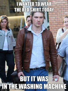 Hey, that's Taylor Hanson! Taylor Hanson, why you so grumpy!? hah
