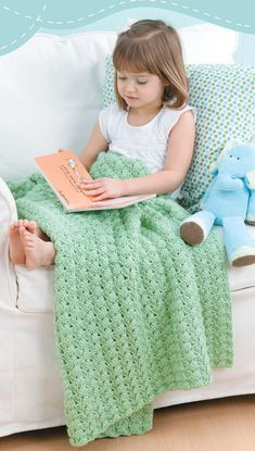 Blankets for Toddlers - Making soft wraps for toddlers couldnít be easier! Each of the 12 designs by Carole Prior in Blankets for Toddlers is rated Beginner or Easy skill level and uses a simple one-row pattern repeat. The instructions also give you a choice of using one or two strands of medium weight yarn, so you can make a lightweight blanket or a heavier one. That means you can crochet 24 different blankets from this one book ó what a super value!  12 Designs to crochet using medium…