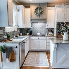 To improve the interior of your home, you may want to consider doing a kitchen remodeling project. This is the room in your home where the family tends to spend the most time together. If you have not upgraded your kitchen since you purchased the home,. Modern Farmhouse Kitchens, Farmhouse Kitchen Decor, Kitchen Redo, Home Decor Kitchen, Home Kitchens, Farmhouse Homes, Farm House Kitchen Ideas, Farmhouse Style, Remodeled Kitchens