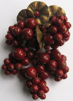 EARLY MIRIAM HASKELL VINTAGE BRASS & CHERRY RED GLASS BERRIES DANGLE PIN