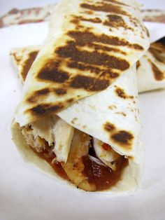 chicken parmesan wraps - chicken, mozzarella, marinara sauce grilled in a tortilla - use low carb tortillas