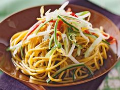 Spaghetti, Pasta, Ethnic Recipes, Ursula, Food, Noodles, Crickets, Food And Drinks, Food Food