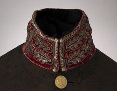Uniform jacket of H.T. Verhoef, medical officer in Napoleon's army, inventory no. 068824 (Photographs Jacket: C. van Bruggen, Legermuseum)