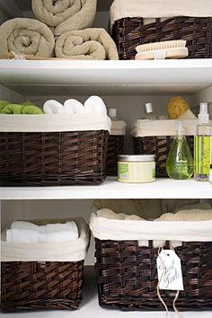 Basket organization for guest bathroom linen closet Linen Closet Organization, Bathroom Organization, Organization Hacks, Organized Bathroom, Basket Organization, Closet Storage, Organized Closets, Organising Ideas, Closet Shelves