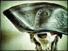 Really cool tricorn hat with cephalopod arms inspiration. (Picture only)