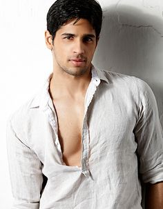 What makes Sidharth Malhotra happy?