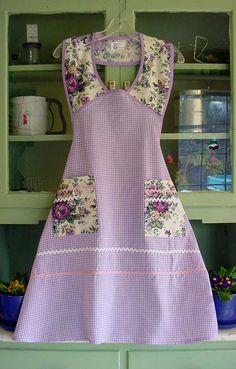 1940 Rose Garden apron