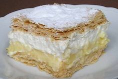 Krémové řezy z listového těsta | NejRecept.cz Sweet Recipes, Cake Recipes, Hungarian Desserts, Bread Dough Recipe, Delicious Deserts, Something Sweet, Vanilla Cake, Sweet Tooth, Food And Drink