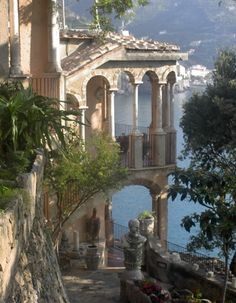 architecture old italy Landhaus Scarpariello Ravello Italien Nature Aesthetic, Travel Aesthetic, Northern Italy, Beautiful Architecture, Italy Architecture, Renaissance Architecture, Italy Travel, Italy Vacation, Tuscany Italy