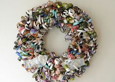 homework: today's assignment - be inspired {creative inspiration for home and life}: Inkling: magazine wreath