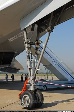 Nose landing gear of Tupolev - Aeroflot Tupolev Tu 144, Airplane Wallpaper, Aerospace Engineering, Landing Gear, Aeroplanes, Concorde, Aviation, Aircraft, Train