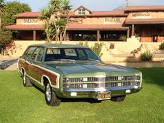 '69 Ford LTD Wagon