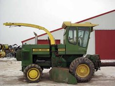 John Deere 5400 harvester salvaged for used parts. This unit is available at All States Ag Parts in Black Creek, WI. Call 877-530-2010 parts. Unit ID#: EQ-23844. The photo depicts the equipment in the condition it arrived at our salvage yard. Parts shown may or may not still be available. http://www.TractorPartsASAP.com