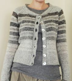 Ravelry: Project Gallery for Dessine-Moi Un Mouton pattern by La Maison Rililie