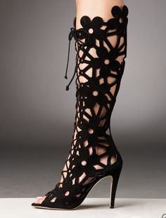 """how about a crochet version as """"leg warmers""""? Manolo Blahnik suede cut out peep toe boots! Crazy Shoes, Me Too Shoes, Cutout Boots, Summer Boots, Crochet Boots, Sexy Boots, Low Boots, Sexy Heels, Black Boots"""