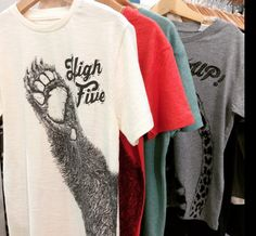 Lion of Leisure @ Playtime - Paris // new Kids T-shirt BEAR 'High Five'