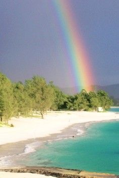 Kailua Beach is one of Oahu's most beautiful beaches. Perfect for the whole family. #Rainbows