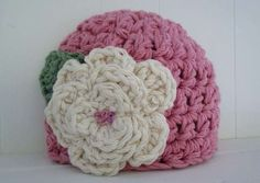 Knowing the Tips of How to Crochet a Flower for a Hat
