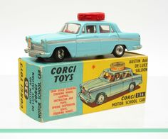 Corgi Toys #236 Austin A60 Motor School car