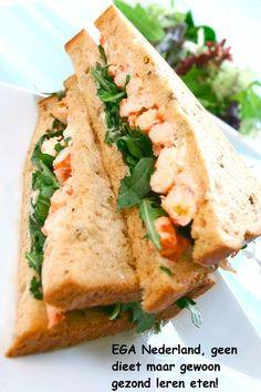 Gezond afslanken op een manier die wel gemakkelijk is vol te houden? Proef eens deze heerlijke sandwich met krab!