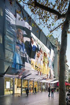 Gallery of Gaumont-Pathé Alésia Cinemas / Manuelle Gautrand Architecture - 12