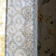 Melusine - Ivory Cutting