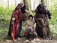 Skeksis and Jen the gelfling at Elfia. Costumes made by Fairy-Tailor