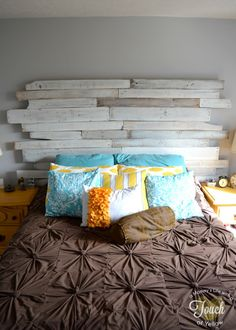 A mommy's life...with a touch of YELLOW: DIY Pallet Headboard {tutorial}