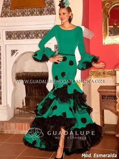 Flamenco Costume, Clothes For Women, Disney Princess, Sewing, Womens Fashion, Pretty, Beautiful, Dresses, Lettering