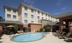 Homewood Suites Houston-Stafford Hotel – Outdoor Pool