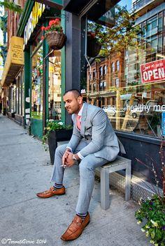 Look homme très chic avec une veste dans les tons clairs #look ...