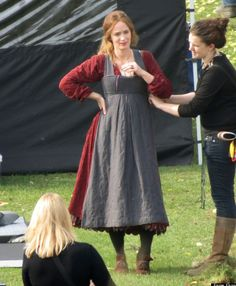 Behind the Scenes of the New Movie of the Broadway Musical Into the Woods: Emily Blunt