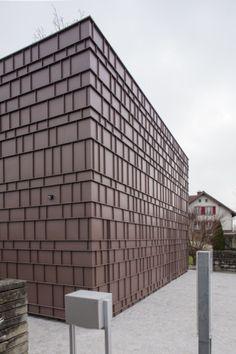 Garage, Montlingen (Switzerland) by Davide Macullo, Lugano #Facade #Architecture #Switzerland #Pigmento #RedPigmento #Zinc #VMZINC #PrivateHouse