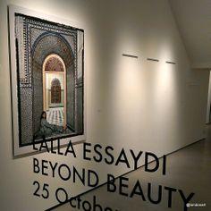 moroccan-grown Lalla Essaydi's show at kashya bildebrand - http://kashyahildebrand.org/new_site/exhibitions/essaydi_2013/index.html
