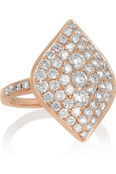 Anita Ko's 'Marquis' ring is striking in its simplicity. This elegant piece is cast from 18-karat rose gold and sparkles with 1.85-carats of diamonds. We think it makes an extra special gift for an anniversary or birthday. #AnitaKo #ValentinesDay