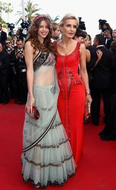 CANNES, FRANCE - MAY Melita Toscan Du Plantier with French Indian actress Kalki Koechlin attend the 'On The Road' Premiere during the Annual Cannes Film Festival at Palais des Festivals on May 2012 in Cannes, France. Indian Fashion Trends, Indian Designer Outfits, Asian Fashion, India Fashion, Fashion Ideas, Women's Fashion, Indian Attire, Indian Ethnic Wear, Indian Style