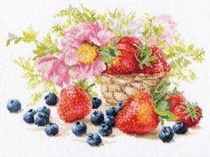 """Оригинален гоблен от марката Алиса - """"Ягоди"""". Размер 27 х 19 см. Кръстат бод.14 каунта бяла панама аида 100% памук, конци Gamma 100% памук - 32 цвята. Комплектът съдържа всички необходими материали за изработката на гоблена, игла и цветен чертеж. Cross Stitch Fruit, Cross Stitch Fabric, Cross Stitch Embroidery, Embroidery Patterns Free, Embroidery Thread, Alice, Little Kittens, Counted Cross Stitch Kits, Embroidery Techniques"""