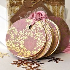 Round paper gift tags pink/gold gold floral by HappyHuismus